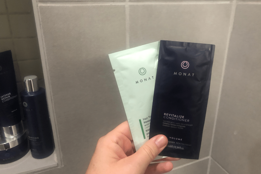 Monat conditioner sample